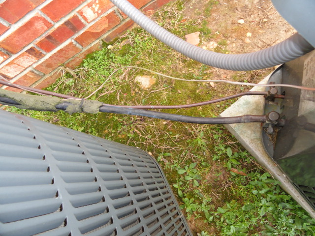 Refridgerant lines not fully insulated during a Jackson home inspection